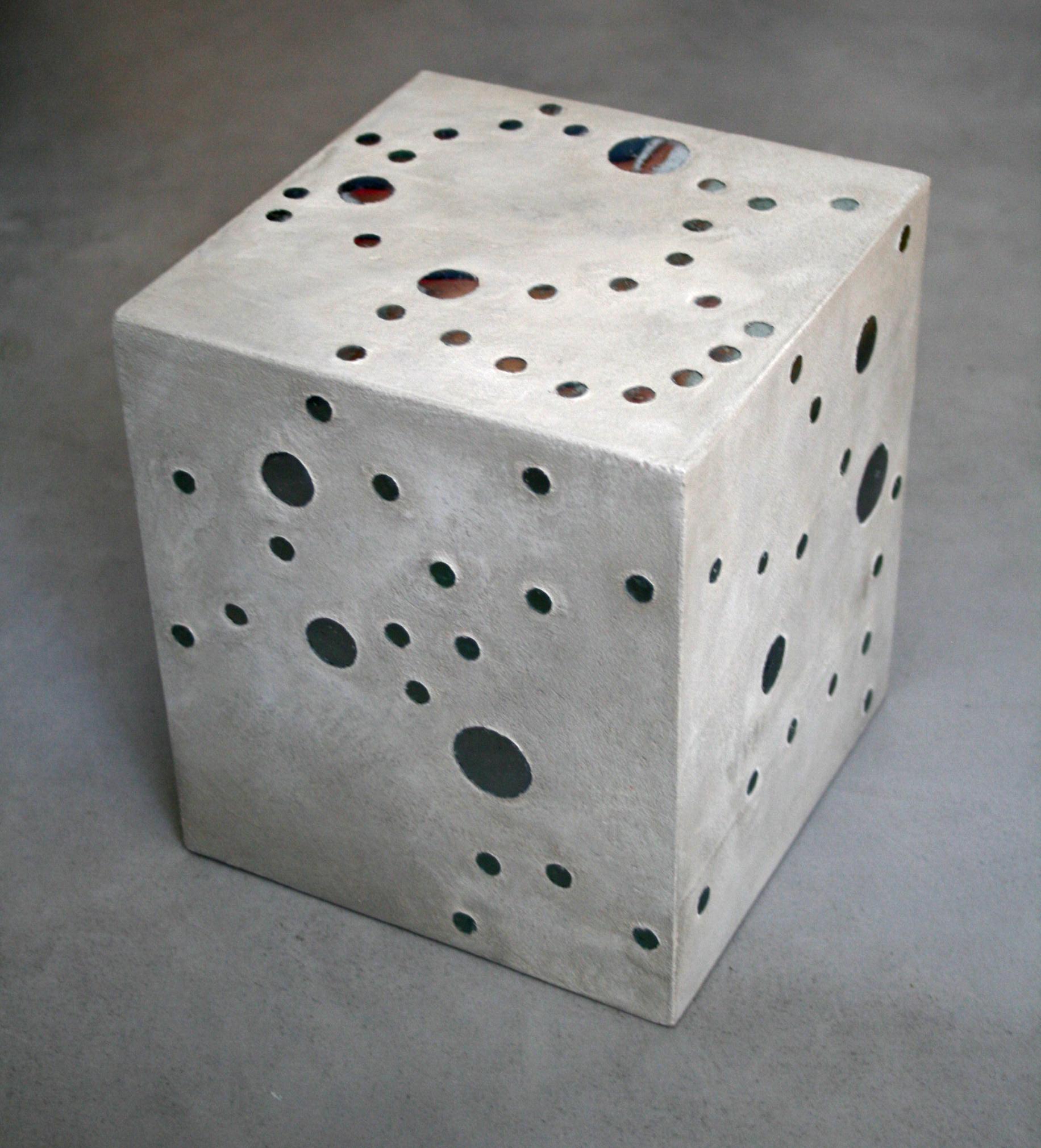 Cube en béton ciré et mosaique Flore Molinaro