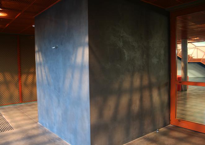 Hall d'entrée du siège social d'Eiffage à Lille